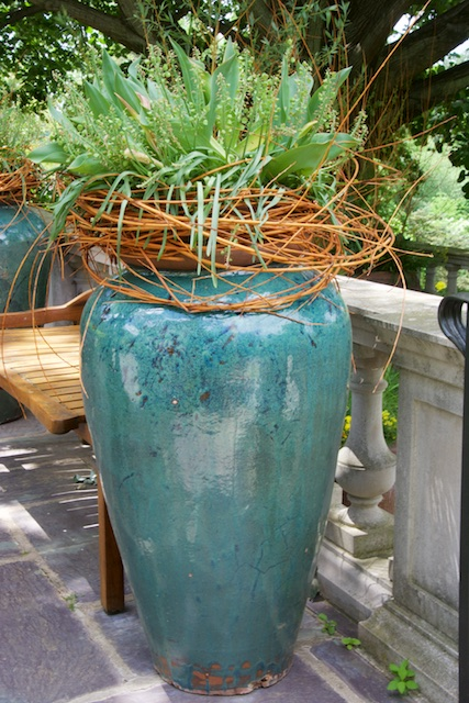 Texture element of a vine adds to the pot