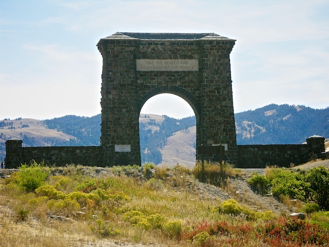 Yellowstone National Park, The Roosevelt Arch